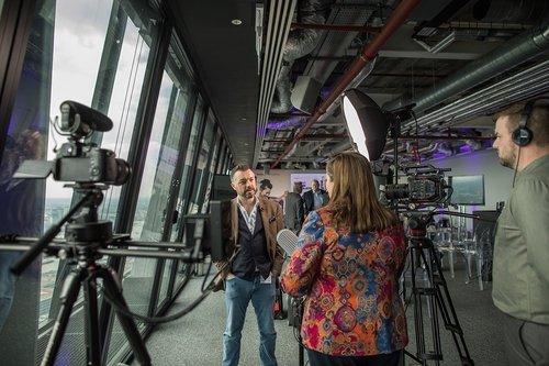 Interview techniques with media borne small